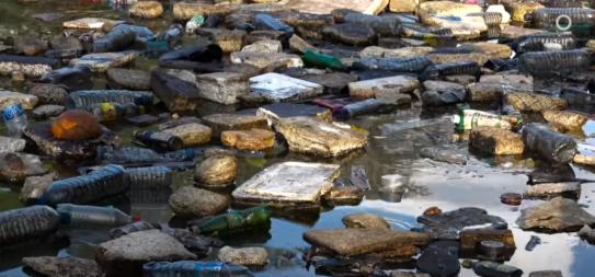 Plast i vatten